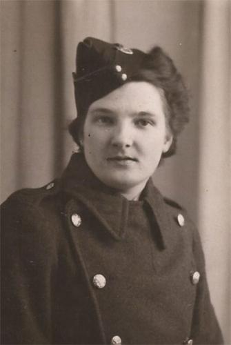 Lily HEGINBOTHAM